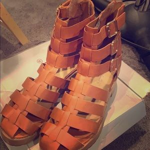 Gladiator sandals in a size 7.5 in women